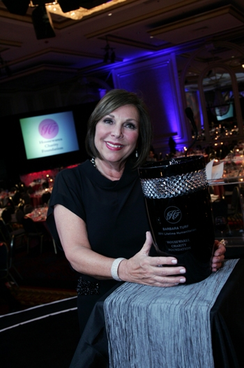 Charity Gala - barbara w award (2)