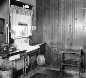 Antique Or Modern A Look At Kitchen Evolution